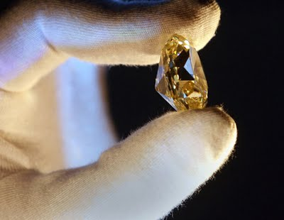 https://benysalim.files.wordpress.com/2012/02/theforevermarkdiamond.jpg?w=300